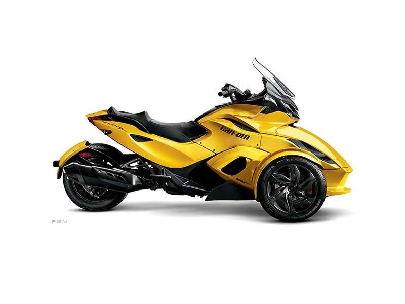2013 Can-Am™ Spyder ST-S SE5 10