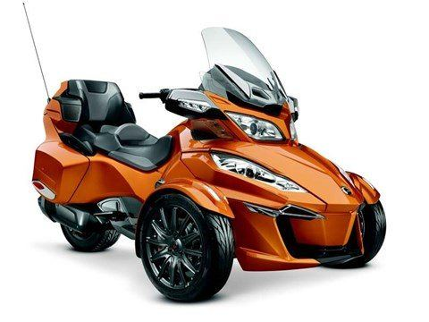 2014 Can-Am Spyder® RT-S SE6 in Fleming Island, Florida