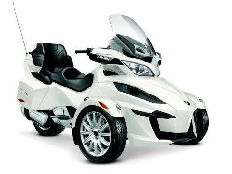 2014 Can-Am Spyder® RT SM6 in Elizabethton, Tennessee