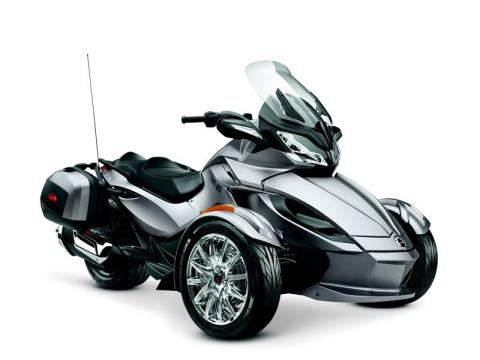 2014 Can-Am Spyder® ST Limited in Broken Arrow, Oklahoma
