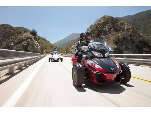 2015 Can-Am Spyder® RT-S Special Series SE6 in Louisville, Tennessee - Photo 11
