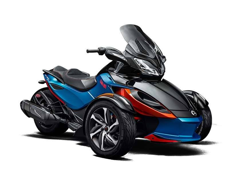 2015 Can-Am Spyder® ST-S SM5 in Grantville, Pennsylvania