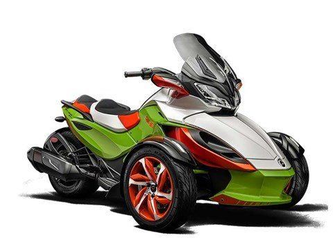 2015 Can-Am Spyder® ST-S Special Series SE5 in Grantville, Pennsylvania