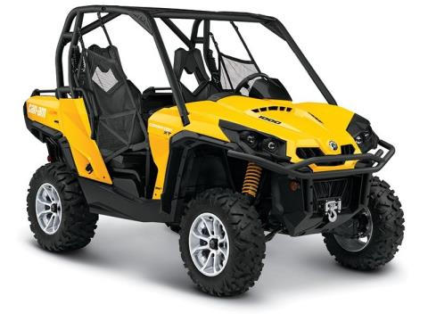2015 Can-Am Commander™ XT™ 1000 in Beckley, West Virginia
