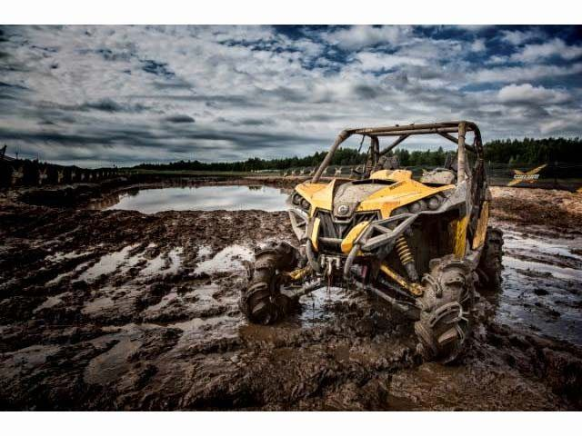 2015 Can-Am Maverick™ X® mr DPS™ 1000R in Cleveland, Texas