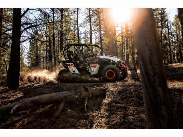 2015 Can-Am™ Maverick X xc DPS 1000R 2