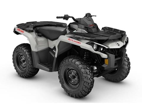 2016 Can-Am Outlander 650 in Roscoe, Illinois
