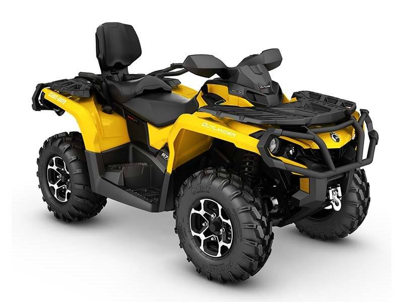 2016 Can-Am Outlander MAX XT 570 in Enfield, Connecticut