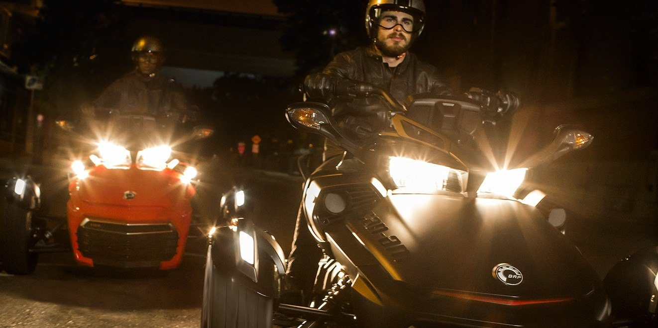2016 Can-Am Spyder F3 Limited Special Series in Hanover, Pennsylvania