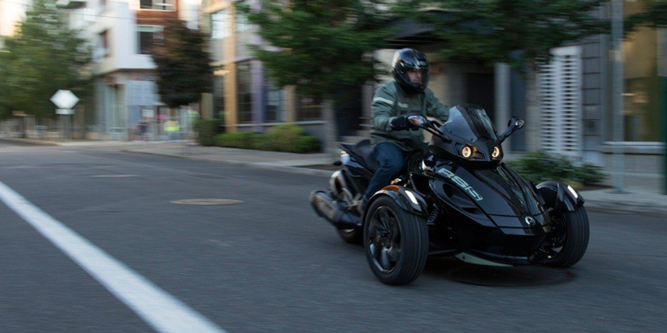 2016 Can-Am Spyder RS SM5 in Cedar Falls, Iowa - Photo 4