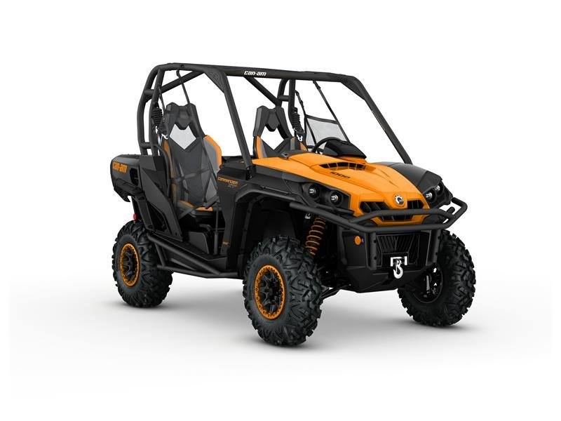 2016 Can-Am Commander XT-P 1000 in Roscoe, Illinois