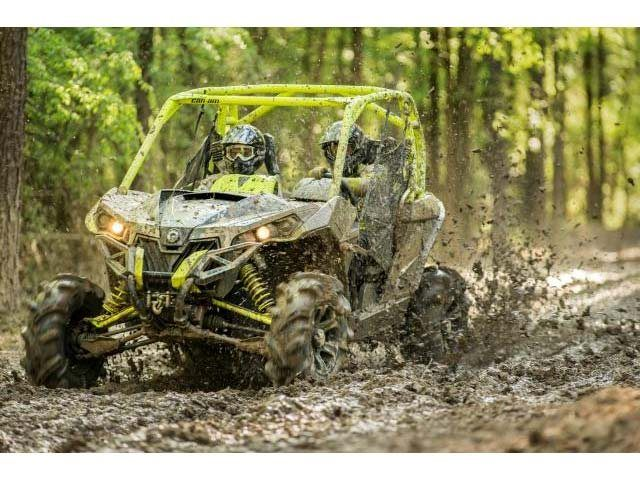 2016 Can-Am™ Maverick X mr 4