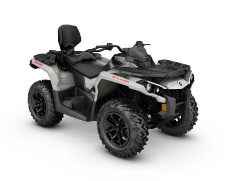 2017 Can-Am Outlander MAX DPS 650 in Cochranville, Pennsylvania