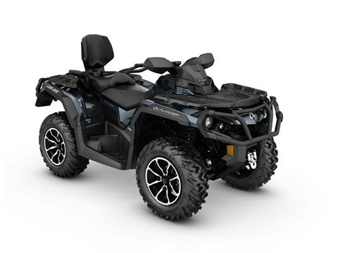 2017 Can-Am Outlander MAX Limited 1000 in De Forest, Wisconsin