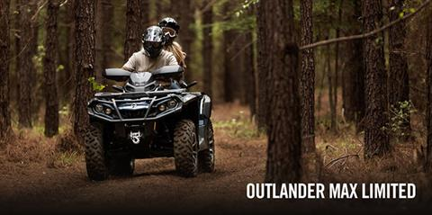 2017 Can-Am Outlander MAX Limited 1000 in Greenville, North Carolina