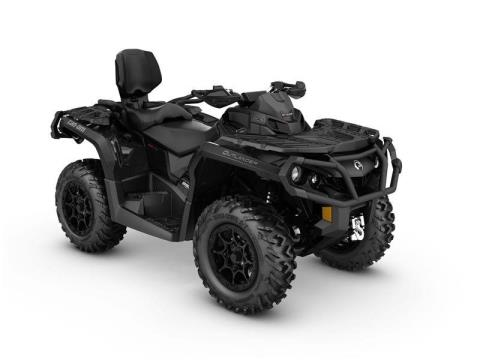 2017 Can-Am Outlander MAX XT-P 850 in Land O Lakes, Wisconsin