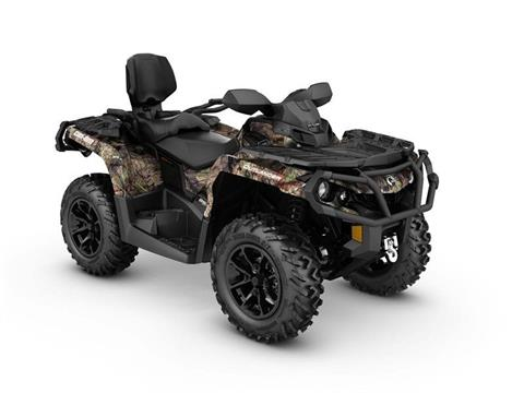 2017 Can-Am Outlander MAX XT 850 in Colebrook, New Hampshire