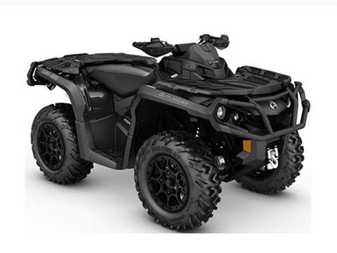 2017 Can-Am Outlander XT-P 850 in Bennington, Vermont