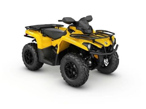 2017 Can-Am Outlander XT 570 in Huron, Ohio