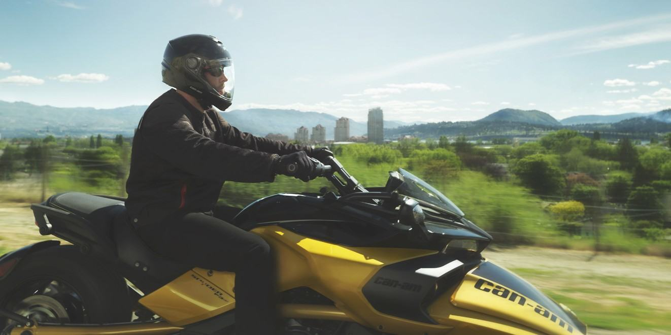 2017 Can-Am Spyder F3-S SM6 in Greenville, South Carolina