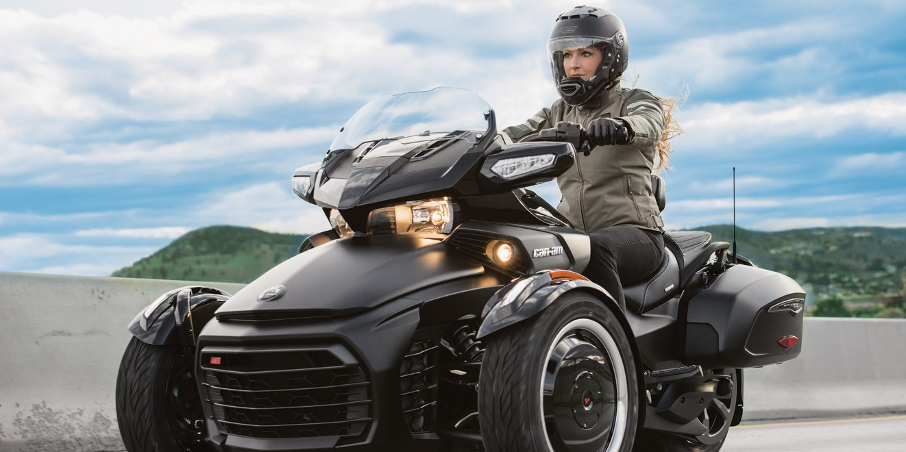 2017 Can-Am Spyder F3-T SM6 in Canton, Ohio