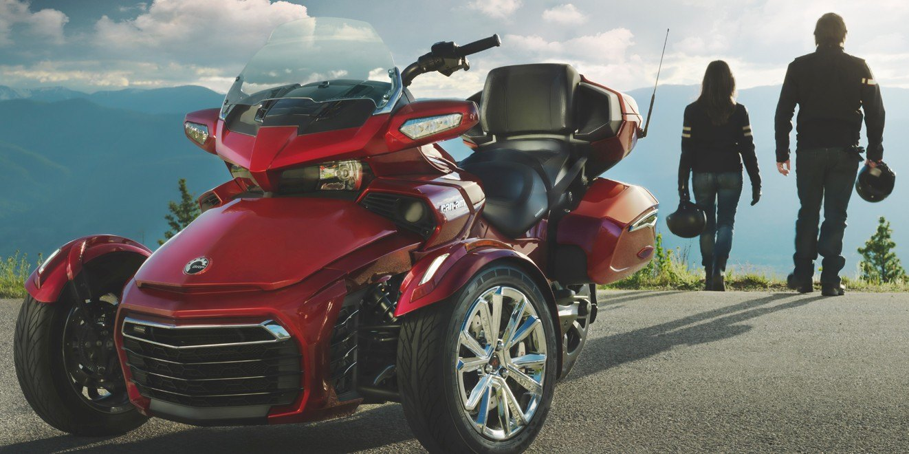 2017 Can-Am Spyder F3 Limited in Findlay, Ohio