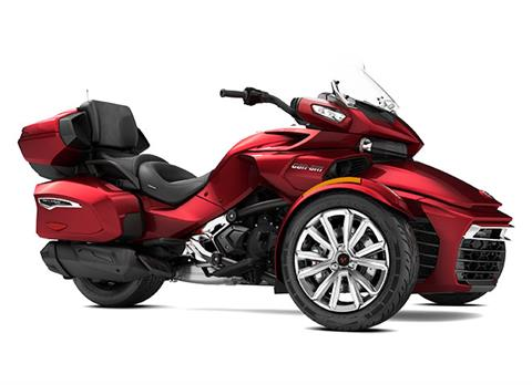 2017 Can-Am Spyder F3 Limited in Fond Du Lac, Wisconsin
