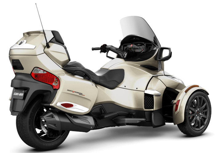 2017 Can-Am Spyder RT-S in Hollister, California