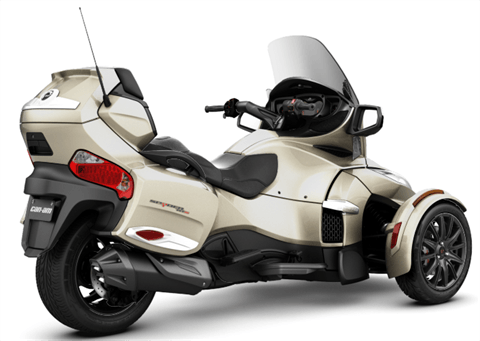 2017 Can-Am Spyder RT-S in Augusta, Maine