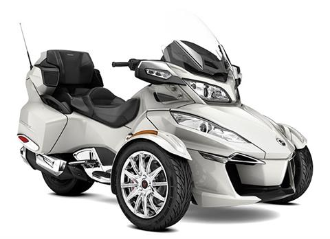 2017 Can-Am Spyder RT SE6 in Springfield, Ohio