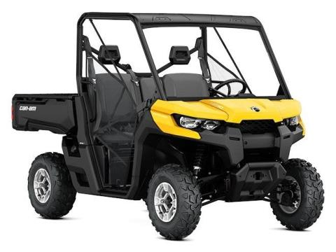 2017 Can-Am Defender DPS HD10 in De Forest, Wisconsin