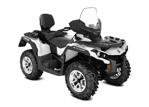 2018 Can-Am Outlander MAX North Edition 650 in Lancaster, New Hampshire