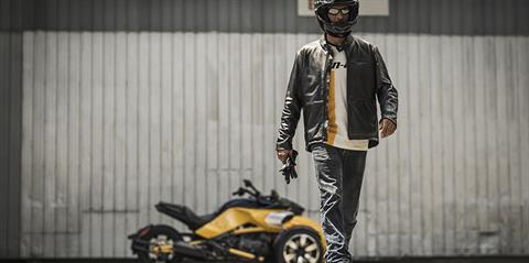 2018 Can-Am Spyder F3-S SM6 in Waterbury, Connecticut