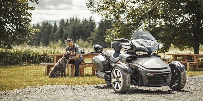 2018 Can-Am Spyder F3-T in Waterbury, Connecticut - Photo 4