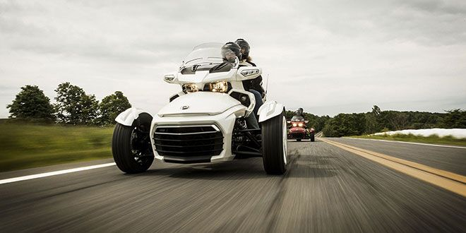 2018 Can-Am Spyder F3 Limited in Enfield, Connecticut - Photo 9