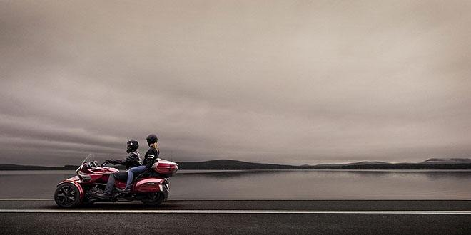 2018 Can-Am Spyder F3 Limited in Smock, Pennsylvania