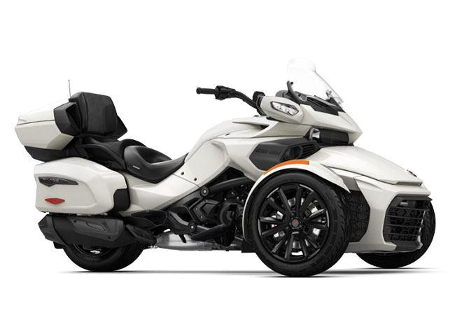 2018 Can-Am Spyder F3 Limited in Enfield, Connecticut - Photo 1