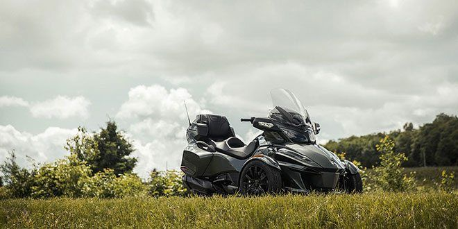 2018 Can-Am Spyder RT Limited in Hooksett, New Hampshire