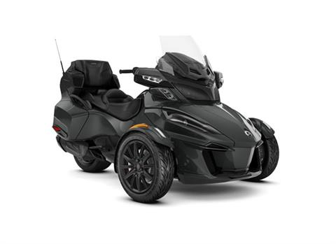 2018 Can-Am Spyder RT Limited in Barre, Massachusetts