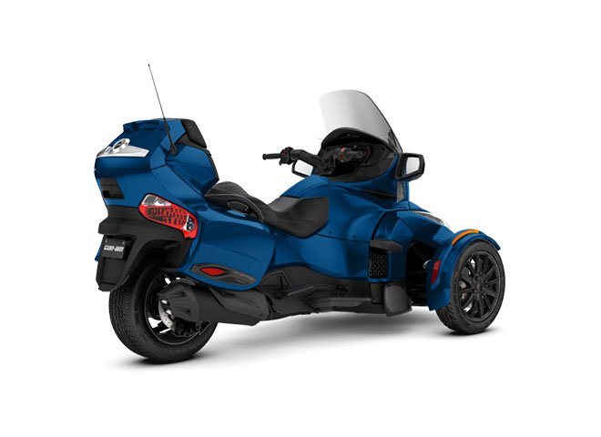 2018 Can-Am Spyder RT Limited in Bakersfield, California - Photo 2
