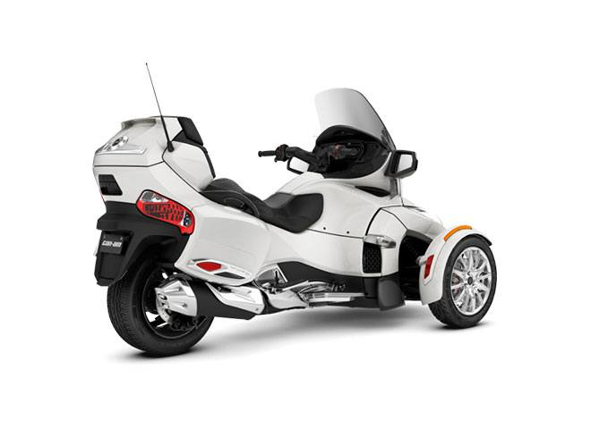 2018 Can-Am Spyder RT Limited in Lakeport, California