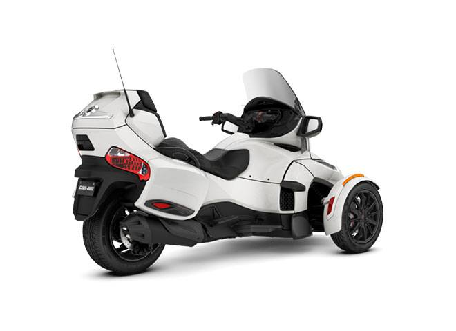 2018 Can-Am Spyder RT Limited in Santa Maria, California - Photo 2