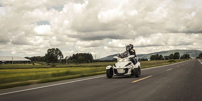 2018 Can-Am Spyder RT SE6 in Elizabethton, Tennessee - Photo 3
