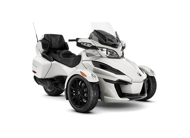 2018 Can-Am Spyder RT SM6 in Hollister, California