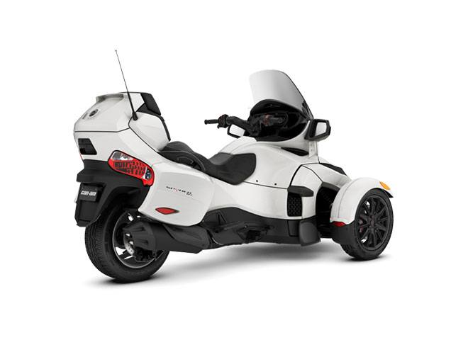 2018 Can-Am Spyder RT SM6 in San Jose, California - Photo 2