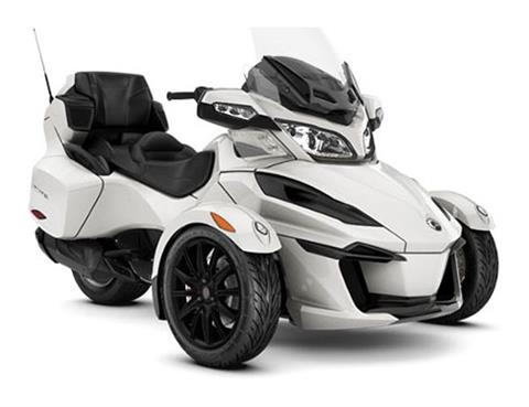 2018 Can-Am Spyder RT SM6 in Augusta, Maine