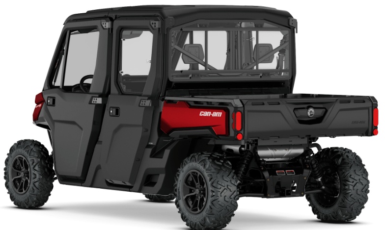 2018 Can-Am Defender MAX XT CAB in Barre, Massachusetts