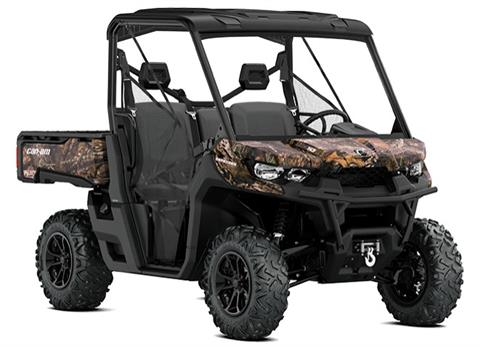 2018 Can-Am Defender XT HD10 in Lakeport, California