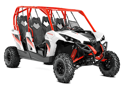 2018 Can-Am Maverick MAX DPS in Colebrook, New Hampshire