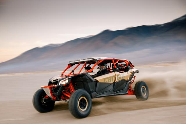 2017 Can-Am Maverick X3 Max X rs Turbo R in Hollister, California
